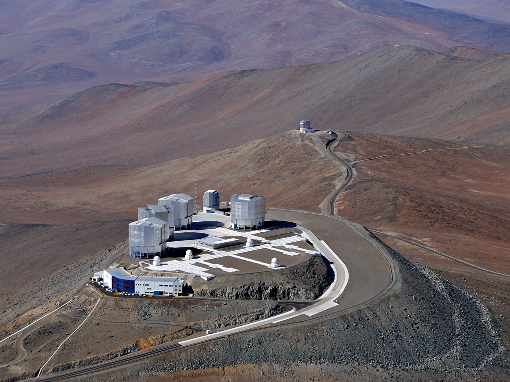 Bird's eye view of ESO's Very Large Telescope which is used for many of the exoplanet characterisation observations (credit: ESO).